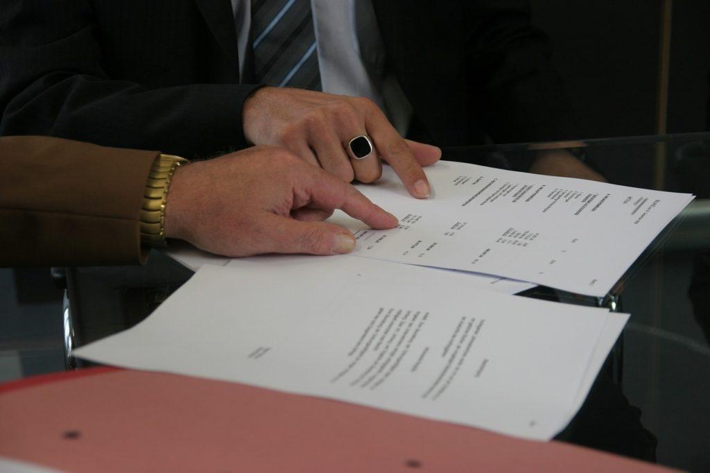 個人事業主の登録審査